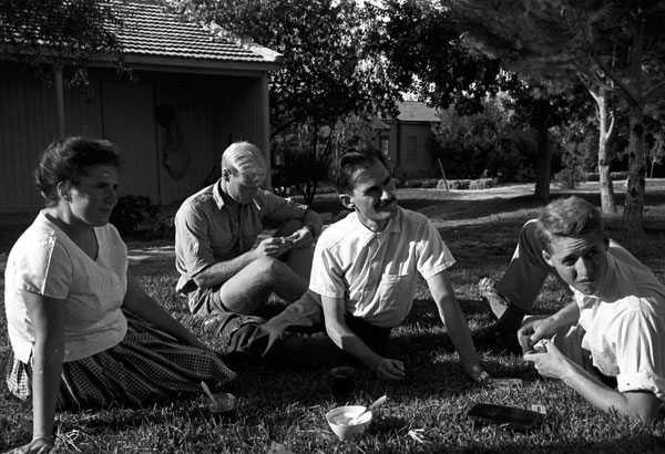 German ARSP volunteers in Kibbutz Bachan, 1962. © David Rubinger with kind permission from Yedioth Acheronot